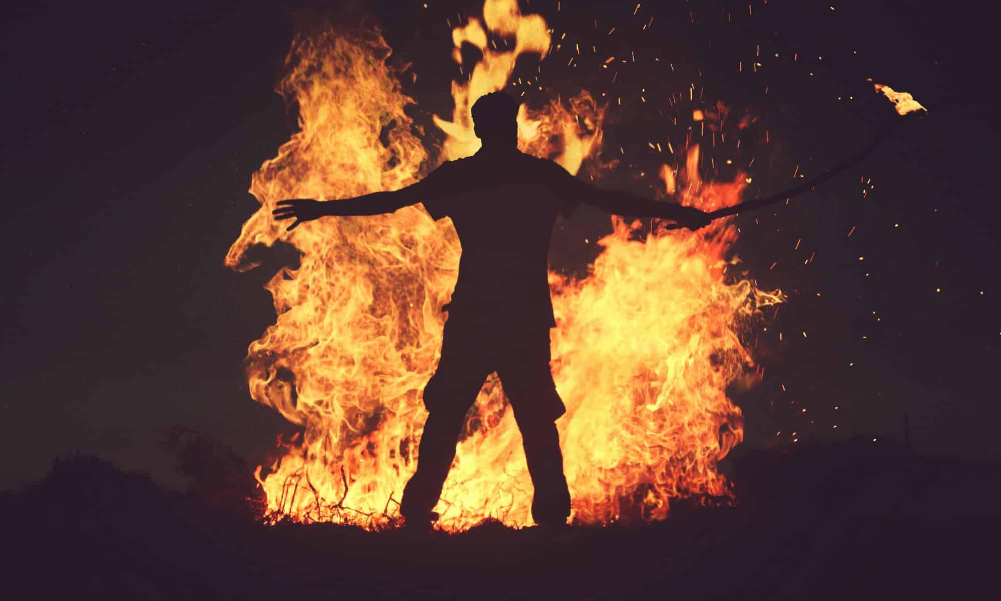 Очко горит огнем от страха, порно-в необычных местах